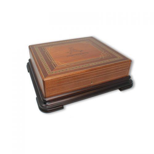 Format:Double Corona Cigars per box:50